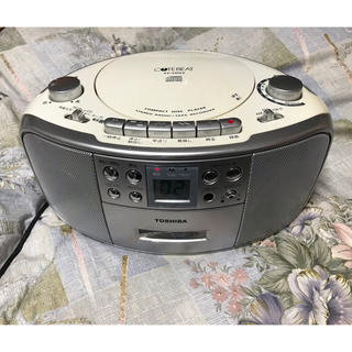 トウシバ(東芝)の東芝・CDラジカセ!キュートビート・TY-CDS3 (ラジオ)