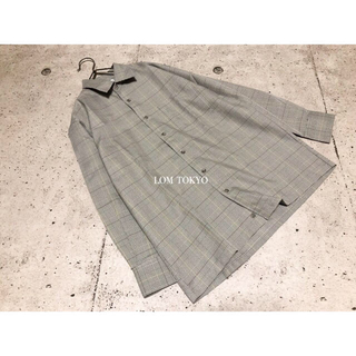 [used]white plaid polyester shirt.(シャツ)