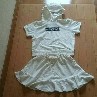 イングファースト(INGNI First)のイングファースト半袖白パーカースカートセットアップ150サイズ(その他)