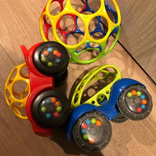 オーボール☆オーボール ラトル&ロール☆赤ちゃん☆おもちゃ(ボール)