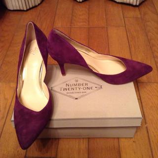 ナンバートゥエンティワン(No. 21)のNUMBER TWENTY-ONE 紫スエード風パンプス 24.5cm パープル(ハイヒール/パンプス)