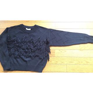 フーズフーチコ(who's who Chico)のフリンジ付き 黒 セーター(ニット/セーター)