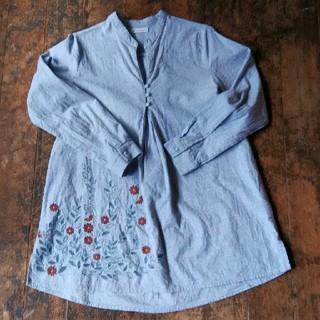 ソルベリー(Solberry)のsoulberry 花刺繍がかわいいチュニック Mサイズ(チュニック)