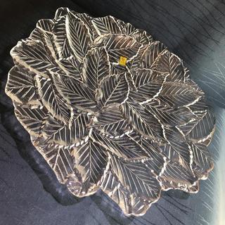 トウヨウササキガラス(東洋佐々木ガラス)のカガミクリスタル    みず楢  大皿  約29㎝(食器)