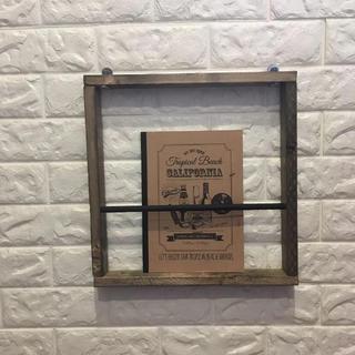 ヴィンテージ 男前 カフェ マガジンラック 壁掛け 本棚 木製(マガジンラック)