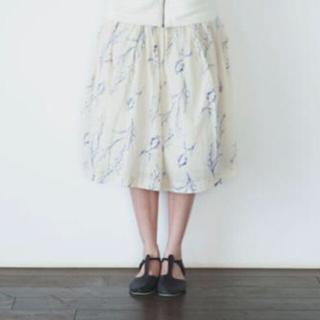 ミナペルホネン(mina perhonen)のgasa 種まきの時期 膝丈 フレア ギャザー スカート(ひざ丈スカート)