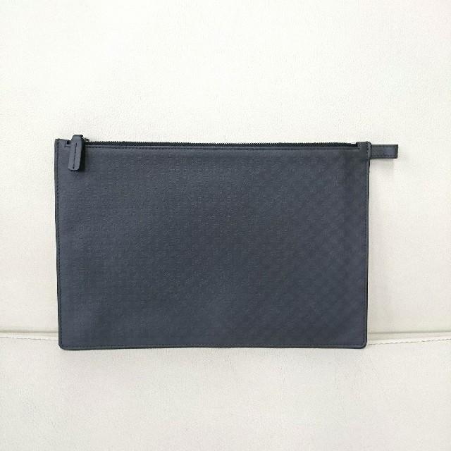 Salvatore Ferragamo(サルヴァトーレフェラガモ)のフェラガモ クラッチ ハンドバッグ グレー Ferragamo メンズのバッグ(セカンドバッグ/クラッチバッグ)の商品写真