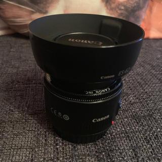 キヤノン(Canon)のcanon  50mm f1.8Ⅱ フード、フィルター付き(レンズ(単焦点))
