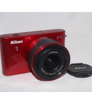 ニコン(Nikon)のNikon 女性の方に大人気ミラーレス❤️ニコン J1 手振れ補正レンズキット(ミラーレス一眼)