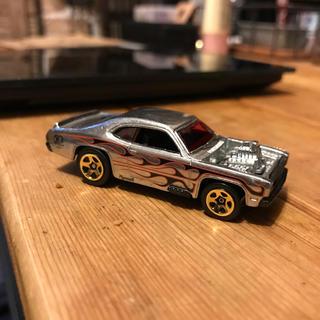 クライスラー(Chrysler)のホットウィール50周年 HW プリムス ダスター アメ車 ミニカー(ミニカー)