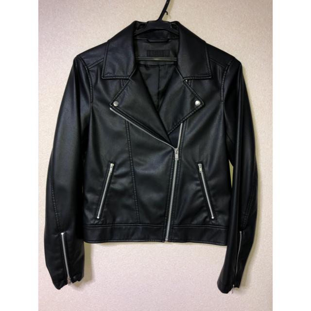 UNIQLO(ユニクロ)の美品 ユニクロ ネオダブルライダース M 黒 レディースのジャケット/アウター(ライダースジャケット)の商品写真