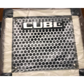 ローランド(Roland)のMICRO CUBE GX Roland ホワイト(ギターアンプ)