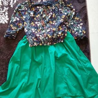しまむら - ボタニカル柄×グリーンスカート コーデ売り