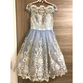 チチロンドン(Chi Chi London)のチチロンドン ワンピース  ドレス パーティー(ミディアムドレス)