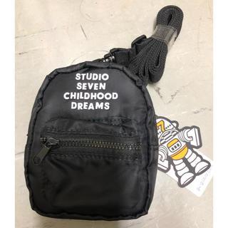 ジーユー(GU)のGU × STUDIO SEVEN 即完売 ミニショルダーウォレット ブラック(ショルダーバッグ)