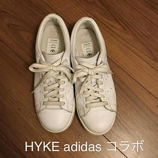 ハイク(HYKE)のHYKE adidas コラボスニーカー 24(スニーカー)
