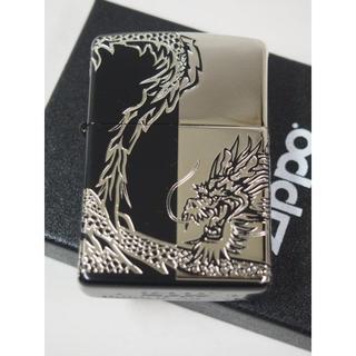 ジッポー(ZIPPO)の絶版 Zippo ドラゴン 4面 連続柄 龍/竜 彫刻 黒銀 2BKS-DRHF(タバコグッズ)