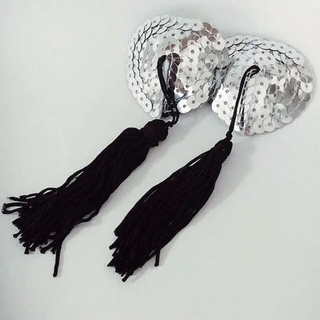 ペイスティタッセル シルバーヌーブラ素材アクセ感覚のハート型スパンコールニプレス(小道具)