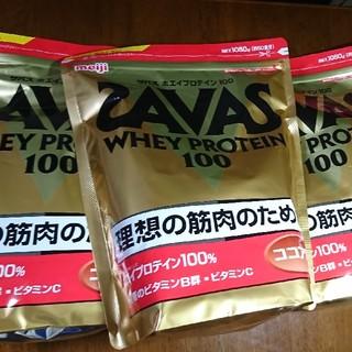 ザバス(SAVAS)の明治 ザバス ホエイプロテイン100 ココア味【50食分】 3袋 (プロテイン)