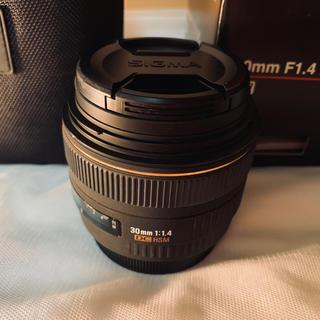 キヤノン(Canon)のSIGMA 30mm F1.4 EX DC【Canon用】(レンズ(単焦点))