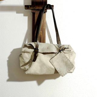 エンリーべグリン(HENRY BEGUELIN)のエンリーベグリン vandelia xs バッグ レザー/オミノ/刺繍(ハンドバッグ)
