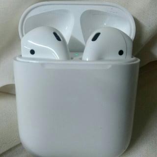 Apple - airpods Bluetoothイヤホン