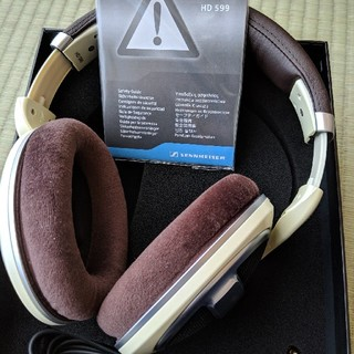 ゼンハイザー(SENNHEISER)のゼンハイザー HD599 美品(ヘッドフォン/イヤフォン)