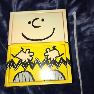 ピーナッツ(PEANUTS)のスヌーピー チャーリーブラウン 段ボール 空箱(小物入れ)