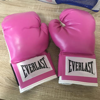 エバーラスト(EVERLAST)の(美品)ボクシンググローブ レディース 12オンス(ボクシング)