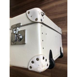 グローブトロッター(GLOBE-TROTTER)の確認用①(スーツケース/キャリーバッグ)
