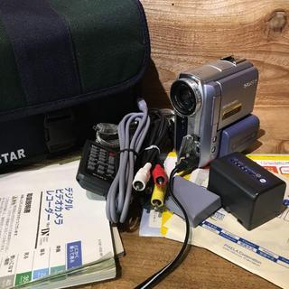 ソニー(SONY)の送料込み DCR-PC105K ジャンクで(ビデオカメラ)