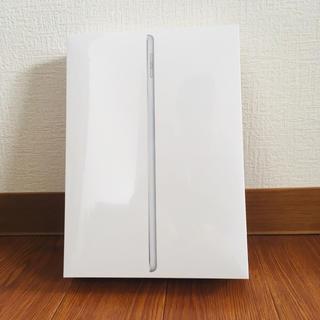 アイパッド(iPad)のiPad 9.7インチ WiFiモデル 128GB  第6世代 シルバー(タブレット)