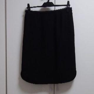 ジユウク(自由区)の自由区 黒タイトスカート 美品(ひざ丈スカート)