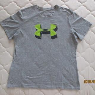 アンダーアーマー(UNDER ARMOUR)のアンダーアーマー グレーTシャツ  XL UNDER ARMOUR(Tシャツ/カットソー(半袖/袖なし))