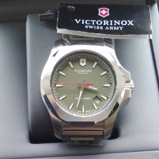 ビクトリノックス(VICTORINOX)の【未使用】VICTORINOX ビクトリノックス  I.N.O.X. カーキー (腕時計(アナログ))