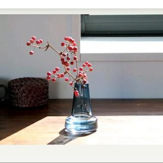 イッタラ(iittala)のHolmegaard ホルムガード Flora ベース  ブルー  12センチ(花瓶)