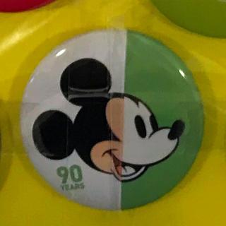 ミッキーマウス - 缶バッジ ミッキー 90周年 Disney MICKEY 90th MARKET