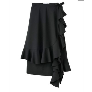 ジェイダブリューアンダーソン(J.W.ANDERSON)のユニクロ JW ANDERSON×UNIQLOラッフルラップスカート+E  S(ひざ丈スカート)