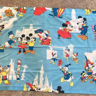 ディズニー(Disney)のミッキー  ミニー ミニカーテン ビンテージ 生地582(生地/糸)