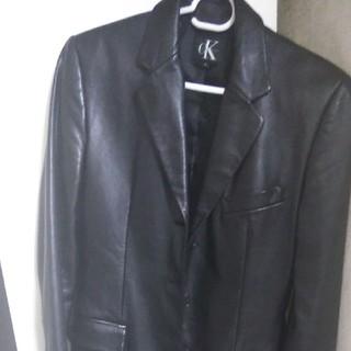 カルバンクライン(Calvin Klein)のCKのレザージャケットです。(テーラードジャケット)