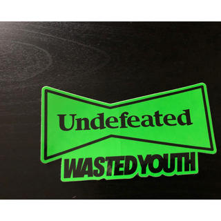 UNDEFEATED - wasted youth&undefeated コラボステッカー