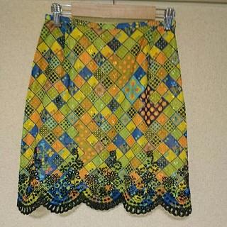 クリスチャンラクロワ(Christian Lacroix)の美品☆CHRISTIAN LAGROIX 花刺繍スカート(ミニスカート)