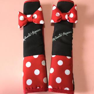 ディズニー(Disney)のミニーマウスのシートベルトカバー(車内アクセサリ)
