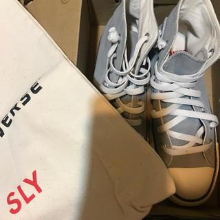 スライ(SLY)のSLY コンバース コラボ商品(スニーカー)