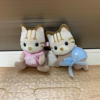 エポック(EPOCH)の☆シマネコの双子ちゃん 赤ちゃん☆シルバニアファミリー☆(キャラクターグッズ)