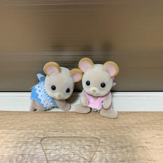 エポック(EPOCH)の☆ネズミの双子ちゃん 赤ちゃん☆シルバニアファミリー☆(キャラクターグッズ)