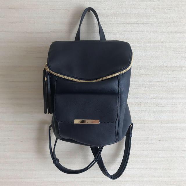 しまむら(シマムラ)の新品未使用 合皮 ネイビー リュック ショルダーバッグ 2way仕様 タッセル レディースのバッグ(リュック/バックパック)の商品写真