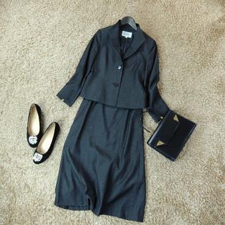 ジユウク(自由区)の小さいサイズ 自由区 ジユウク セットアップスカートスーツ C6209(スーツ)