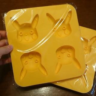 ポケモン(ポケモン)のピカチュウシリコン型(調理道具/製菓道具)