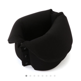 ムジルシリョウヒン(MUJI (無印良品))のくるくるたためるネックピロー 黒(旅行用品)